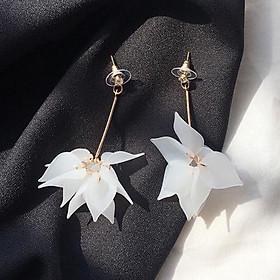 Cặp bông tai hình hoa thanh lịch cho nữ