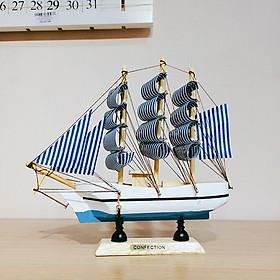 Mô hình thuyền tàu hải quân để bàn 20cm