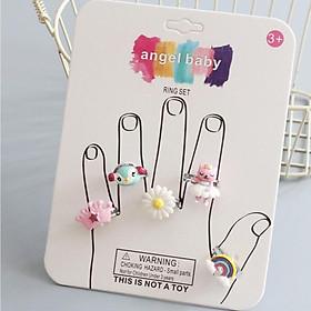 Set 5 nhẫn nhựa lung linh cho bé yêu theo chủ đề đủ hình dạng và họa tiết lấp lánh – J053