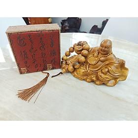 Tượng gỗ mỹ nghệ - Tượng Di Lặc Nguyên Bảo tặng kèm Vòng tay gỗ full hộp