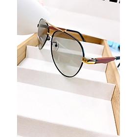 Kính mát nam cao cấp tròng kính đổi màu khi đi ra nắng, đổi màu theo nhiệt độ - Mắt kính chống tia UV gọng gỗ đỏ độc đáo POR8842