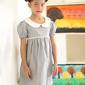 Đầm Bé Gái Kika Vải Caro Xám Cổ Sen Trắng Ren Ngực K108