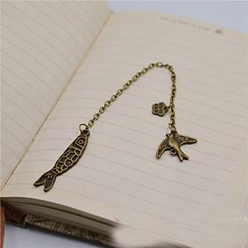 Bookmark đánh dấu trang sách độc đáo cá bơi trong sách quà tặng ý nghĩa BK08
