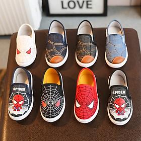 Giày Siêu Nhân Cho Bé Trai 2 - 8 tuổi siêu nhẹ, êm chống trơn trượt là dòng sản phẩm dành cho các bé năng động, yêu thích các nhân vật siêu nhân