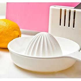 Bộ 3 cốc vắt hoa quả có nắp giữ chống tuột tiện lợi (loại to) - Hàng nội địa Nhật