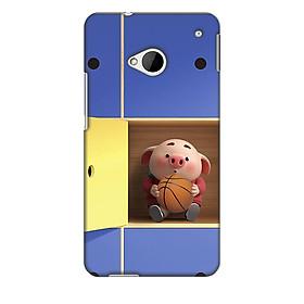Ốp lưng nhựa cứng nhám dành cho HTC One M7 in hình Heo Trong Tủ