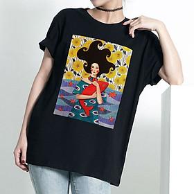 Áo T-shirt Trẻ Em Cô Gái Ôm Cá May Mắn Dotilo HULY3 - Đen