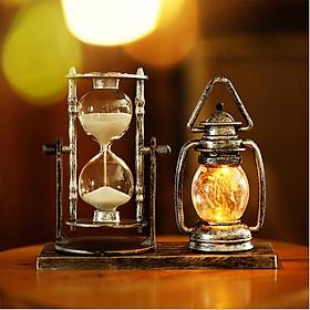 Đồng hồ cát kèm mô hình đèn dầu phát sáng phong cách cổ điển, sang trọng mã DHC06 - vật dụng trang trí bàn làm việc