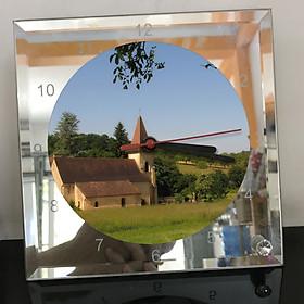 Đồng hồ thủy tinh vuông 20x20 in hình Church - nhà thờ (270) . Đồng hồ thủy tinh để bàn trang trí đẹp chủ đề tôn giáo