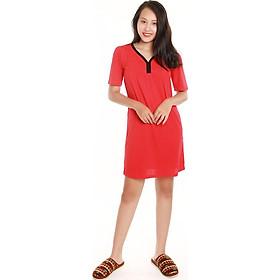 Váy nữ Narsis B4002 kiểu dáng sát nách, Màu đỏ lôi cuốn, được sản xuất với chất liệu 100% Cotton cao cấp, Mềm mại thoáng mát, Sản phẩm được sản xuất tại Việt Nam bởi hãng thời trang nổi tiếng NARSIS