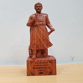 Tượng Trần Quốc Tuấn Trần Hưng Đạo Đức Thánh Trần gỗ hương