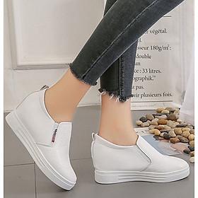 Giày Sneaker độn đế họa tiết thời trang Hàn Quốc 2 màu đen trắng cao 6cm T01