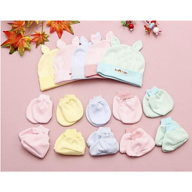 25 món đồ dùng 5 nón và 10 bao tay 10 bao chân bo màu cho bé từ 0-6 tháng tuổi