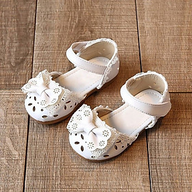 Summer Fashion Girls Sandals Anti Slip Soft Sole Bow Hollow Lace Strap Sandals Kid Shoes