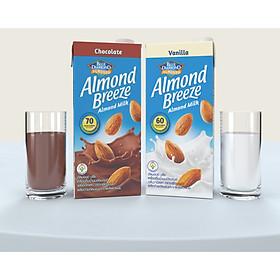 Combo 2 Hộp 946ml SỮA HẠT HẠNH NHÂN ALMOND BREEZE vị CHOCOLATE và vị VANILLA - Sản phẩm của TẬP ĐOÀN BLUE DIAMOND MỸ