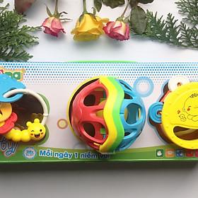 Bộ quà tặng 3 xúc xắc Fun For Baby cho bé ANTONA