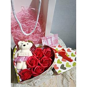 Quà tặng sinh nhật, 8/3, 20/10,  cho bạn gái, vợ, người yêu..- hoa hồng sáp thơm hộp tim 1 gấu, màu đỏ