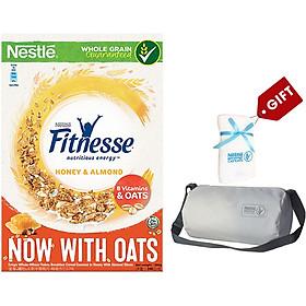 Ngũ Cốc Ăn Sáng Mật Ong Và Hạnh Nhân Nestlé Fitnesse Honey Almond (Hộp 390g) - Tặng Bộ Túi Khăn Tập Gym