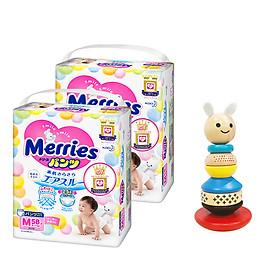 Combo 2 Tã/bỉm quần Merries size M - 58 miếng (Cho bé 6 - 11kg) - Tặng 1 bộ đồ chơi gỗ lật đật hình Thỏ