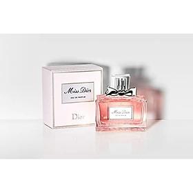 Christian Dior Miss Dior Eau De Parfum Spray for Women 3.4 ounce (2017)