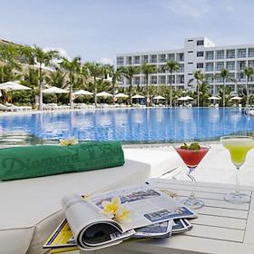 Diamond Bay Condotel Resort 5* Nha Trang - Gói 3N2Đ, Ăn 3 Bữa, Căn Hộ 1 Phòng Ngủ Dành Cho 02 Người