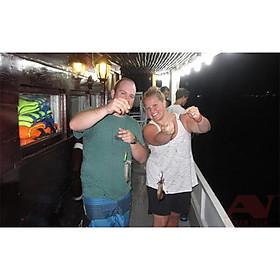 NHA TRANG: Tour Câu Mực Đêm Thú Vị Trải Nghiệm Hoạt Động Câu Mực Và Dùng Bữa Tối Giữa Đại Dương | Tour Trọn Gói Bao Gồm  Gói Bao Gồm Xe Đưa Đón + Tàu Vận Chuyển + HDV + Bữa Tối + Cần Câu