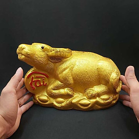 Heo đất tiết kiệm tiền mẫu Trâu Vàng Tân Sửu 2021 nhũ vàng kim tuyến – Trâu thần tài ôm đồng tiền chữ TÀI - LỘC