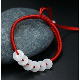 Ngọc lục bảo vòng tay dây màu đỏ 02