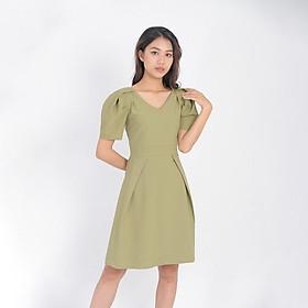 Váy đầm công sở thời trang eden dáng chữ a cổ tim tay phồng. Kiểu dáng trẻ trung. Chất liệu mềm mại, không nhăn - D405