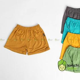 Quần short bé trai, bé gái K.WOO gập gấu vải thun lạnh, quần đùi cho bé mặc nhà mùa hè Minky Mom KWQ2102