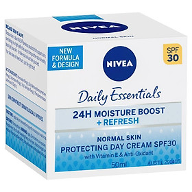 Nivea Visage Light Moisturising Day Crème SPF30+ Normal/Combination 50ml