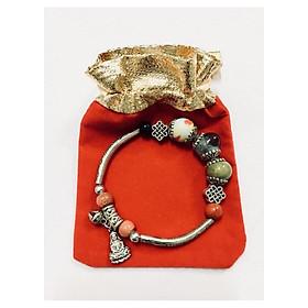 Vòng tay nữ kết hợp hạt sứ cùng charm họa tiết phối chuông và hình quan am bồ tát may mắn LT02 (có kèm túi nhung cao cấp)