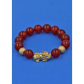 Vòng đeo tay đá Mã Não đỏ 12 ly cẩn Tỳ Hưu Phong Thủy inox vàng VMNOTHHBV12 - hợp mệnh Hỏa, mệnh Thổ