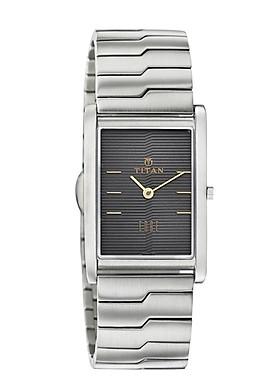 Đồng hồ đeo tay hiệu Titan 1043SM15