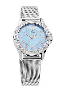 Đồng hồ deo tay nữ hiệu Titan 9798SM04