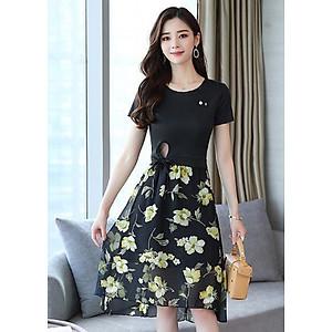 Hình đại diện sản phẩm Set bộ váy dạo phối kiểu set áo thun cột eo phối chân váy xòe hoa vàng GOTI1033275