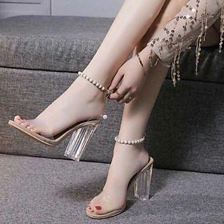 Giày cao suốt đế trong quai chuỗi hạt ngọc
