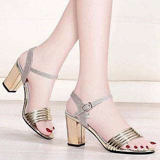 Giày / Sandal Cao Gót Nữ Hở Mũi Màu Bạc 7p Đế Vuông.