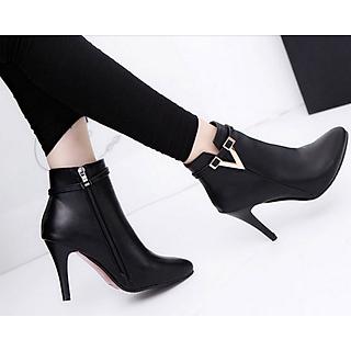 Giày bốt nữ cao gót 9 phân màu đen GN267