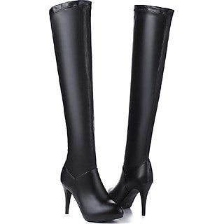 Giày boot nữ da màu đen cổ cao sành điệu GCC10601