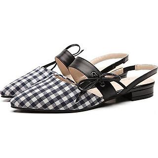 Giày Sandal Caro Bít Mũi Kiểu Xỏ Tiện Lợi