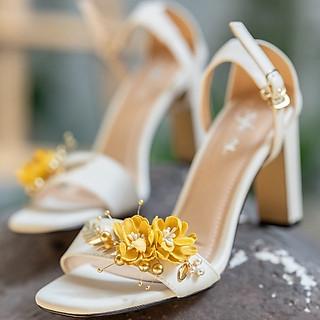 Giày cưới Nghé Art sandal hoa vàng 299