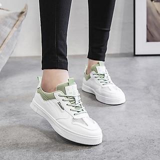 Giày sneaker nữ trắng phối dây xanh