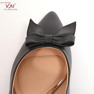 Giày cao gót nữ, chiều cao gót 5CM, da Microfiber nhập khẩu cao cấp êm ái, bền chắc và thời trang. Mũi nhọn, gót vuông nhỏ  vững trãi và chắc chắn, thiết kế hiện đại, tinh tế, thời trang: BL.MHT16A-5F