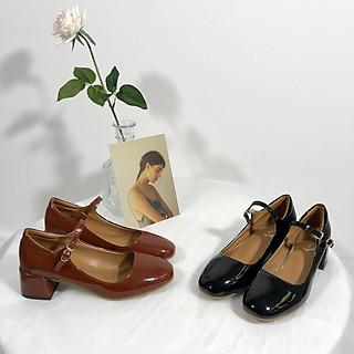 Giày Mary Jane cổ điển
