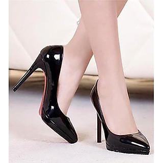 Giày cao gót đế đúp mũi nhọn màu đen