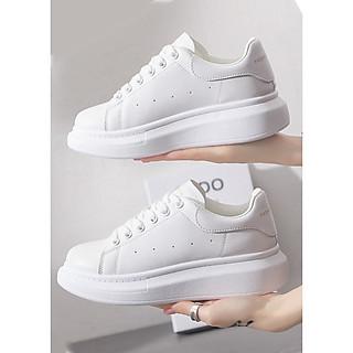 Giày Sneaker Nữ MC Màu Trắng Đế Cao 5cm Êm Chân S365