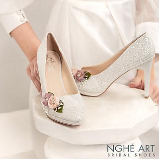Giày cưới Nghé Art kim tuyến đính hoa bi trắng 307