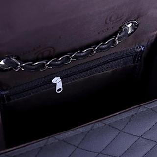 Túi Đeo Chéo Thời Trang 96 (Đen Trần Chỉ Khóa Vặn)