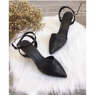Sandal nữ kín mũi trụ 7p